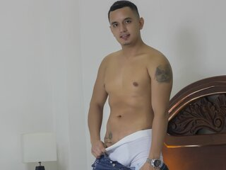 DominikMontana anal show