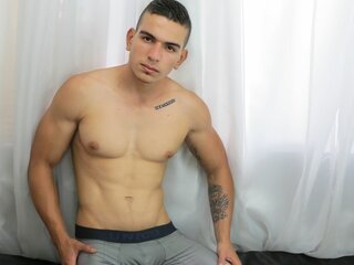 RaKingBoyX adult cam
