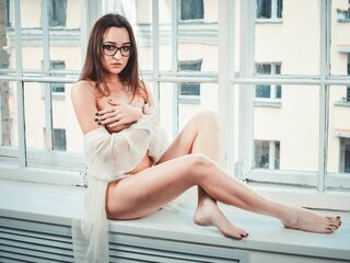 RisingAlia show nude